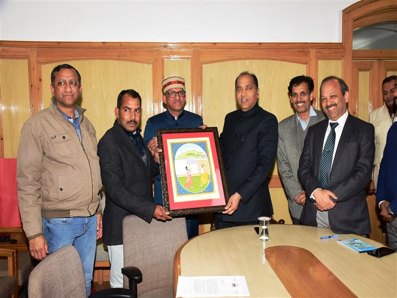 Chief Minister Shri Jai Ram Thakur beimg honoured during the presentation on 'Painting art history of world renowned Haripur-Guler' made by a delegation led by MLA Dehra  Hoshyar Singh. at Shimla on 9 January 2019