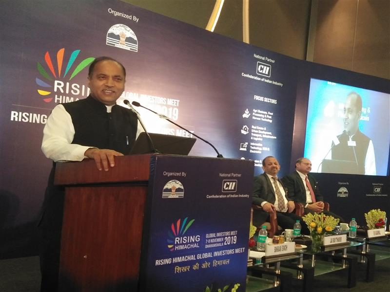 Chief Minister Shri Jai Ram Thakur addressing the entrepreneurs during the road show at New Delhi on 10 July 2019
